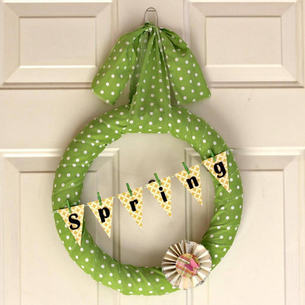 polka dot Spring wreath 3