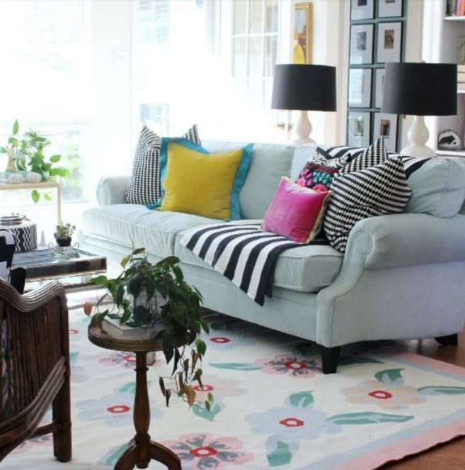 How to Decorate with Florals -livingroom rug