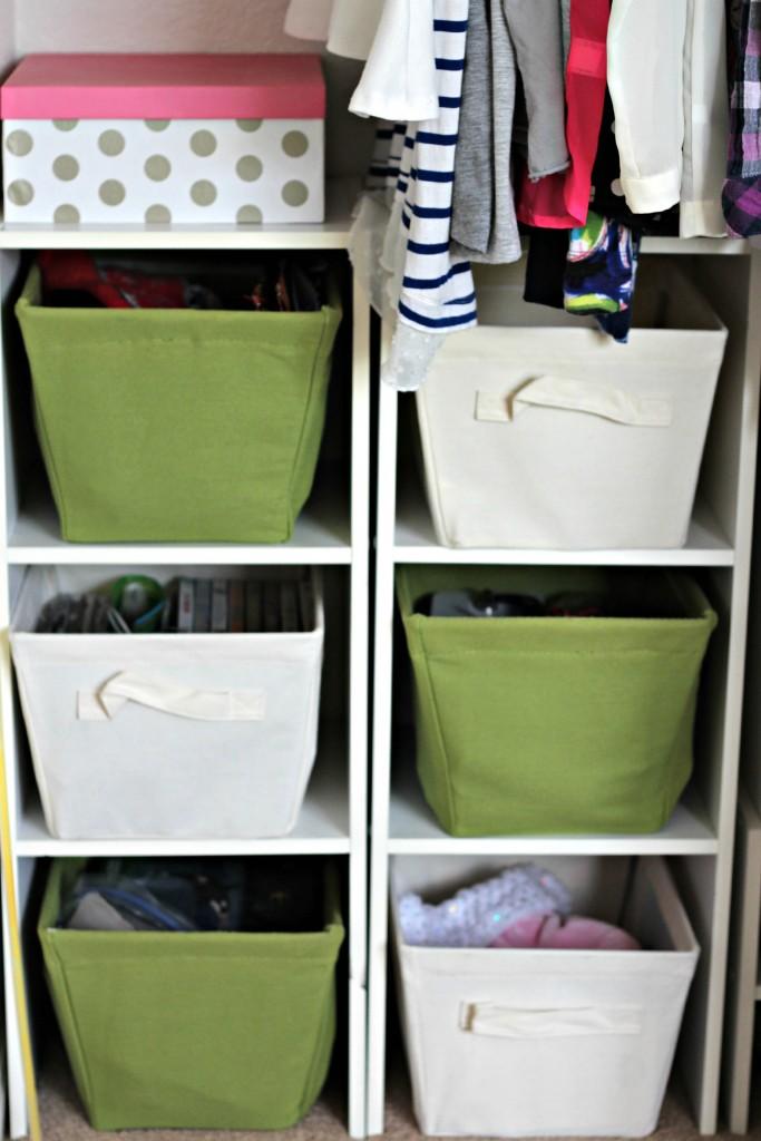 Teen Organized Closet- bins
