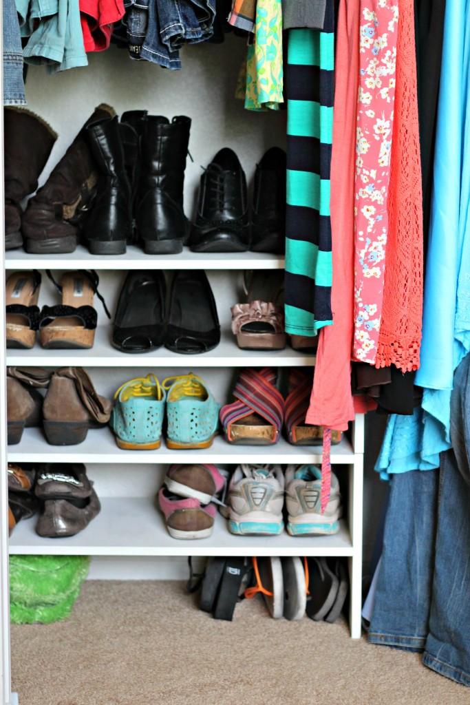 Teen Organized Closet- shoes