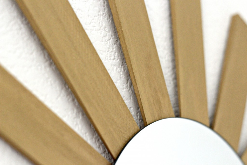Wood Shim Sunburst Mirror close up.1