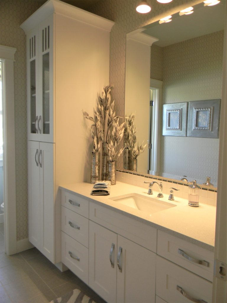 letting go of clutter bathroom
