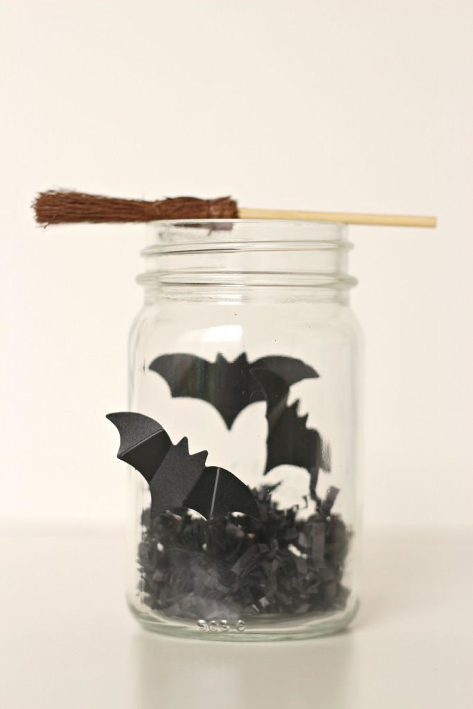 Halloween Jars bats.2