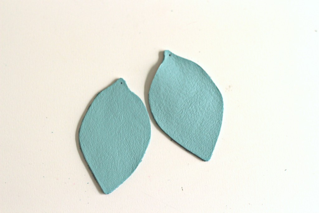 Leather Earrings.4