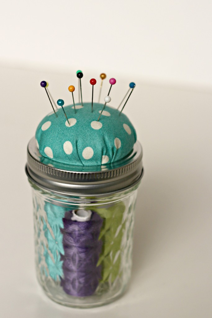 Mason Jar Pin Cushion.1