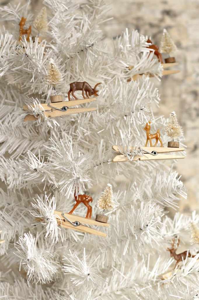 Reindeer Clothespin Ornaments.8