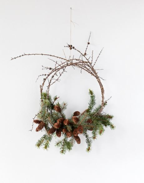 Wreath Pine and Berries