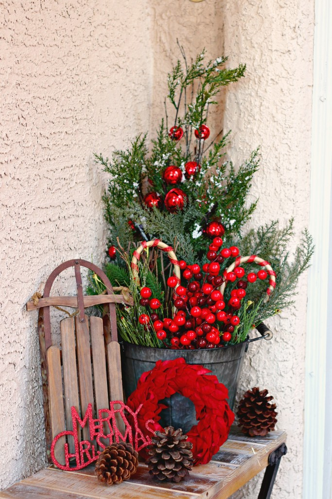 2015 Christmas Porch bucket and greenery
