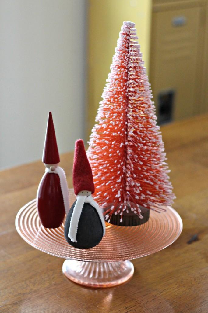 Christmas Home Tour elves