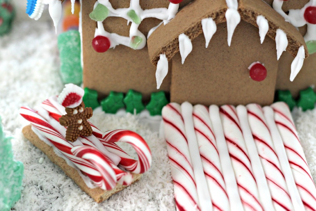 Gingerbread House peppermint sled