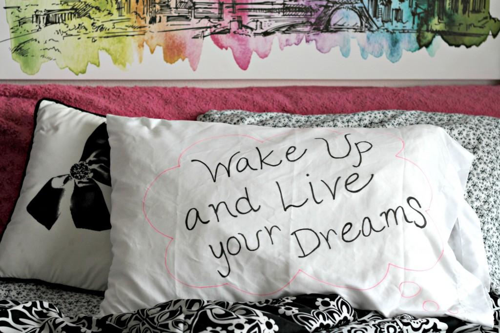 Checklist Pillowcase Emilee