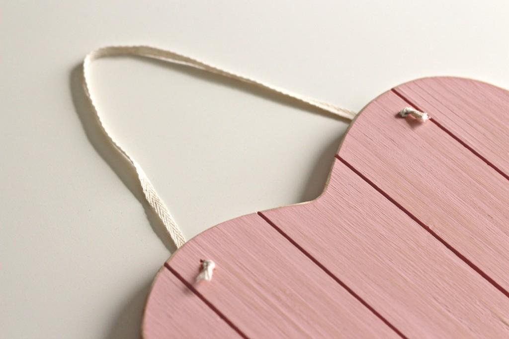 Wood Heart Ribbon