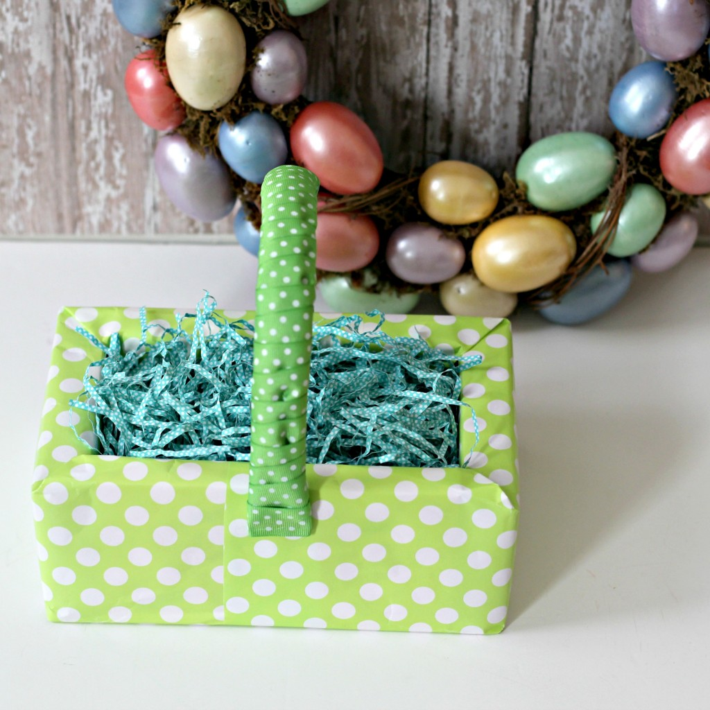 Candy Box Easter Basket with wreath