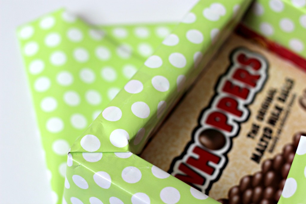 Candy Box Easter Basket wrapping sides