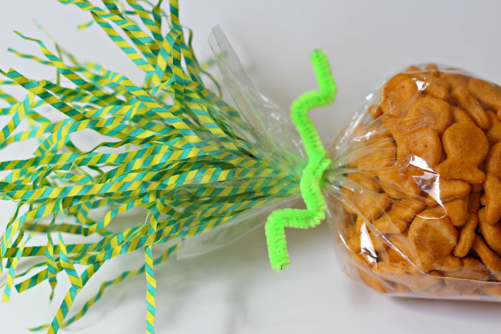 Carrot Treat Bag topper and stem