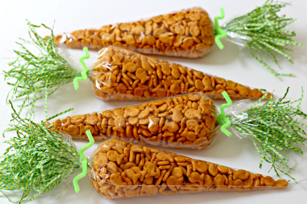 Carrot Treat Bags filled with gold fish