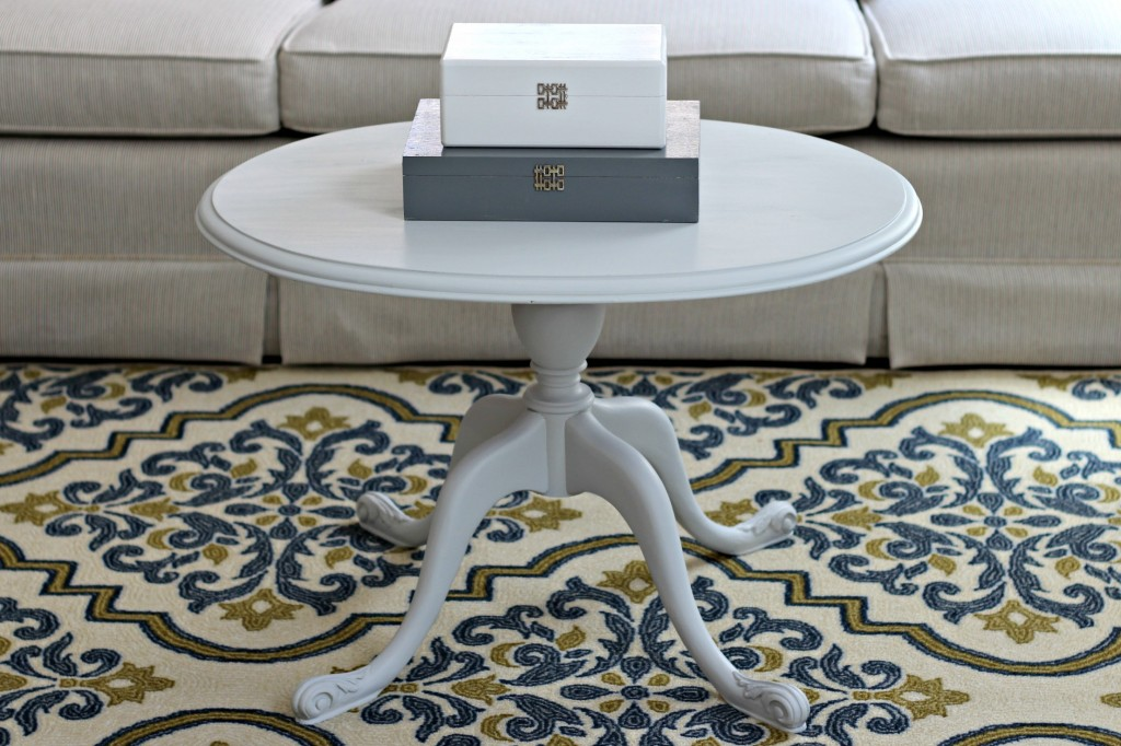 Decorating a Rental rug and table