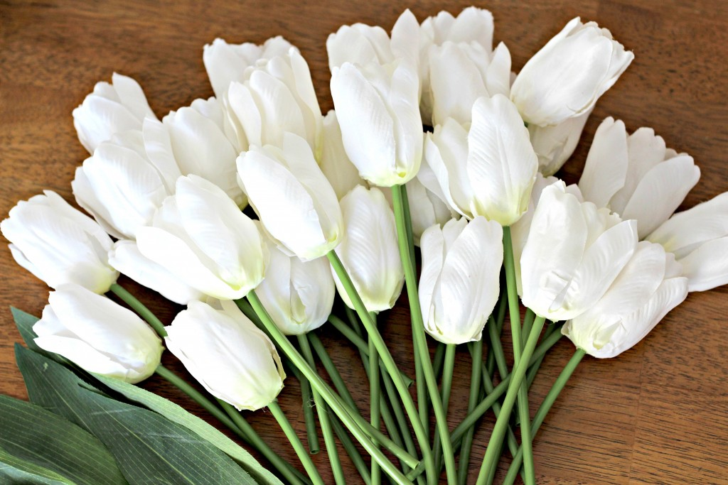 Monogram Tulip Wreath 28 tulips