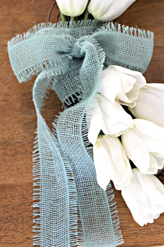 Monogram Tulip Wreath burlap bow