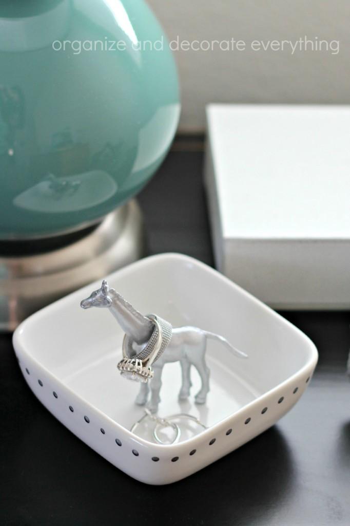 Giraffe Ring Dish.1