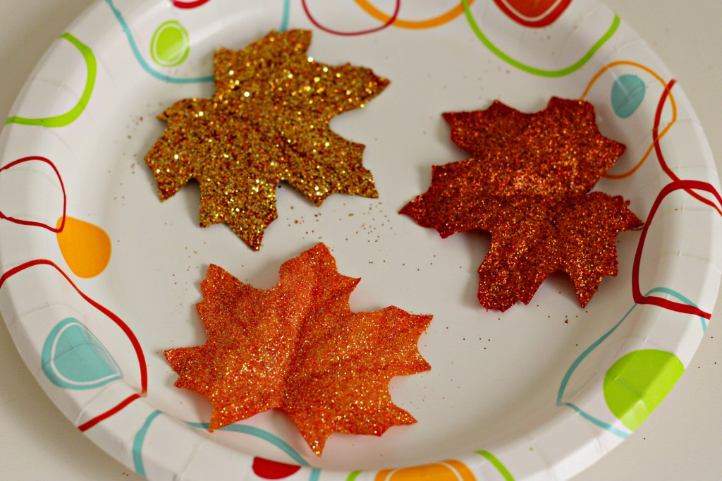 fall-glitter-leaves-drying-step
