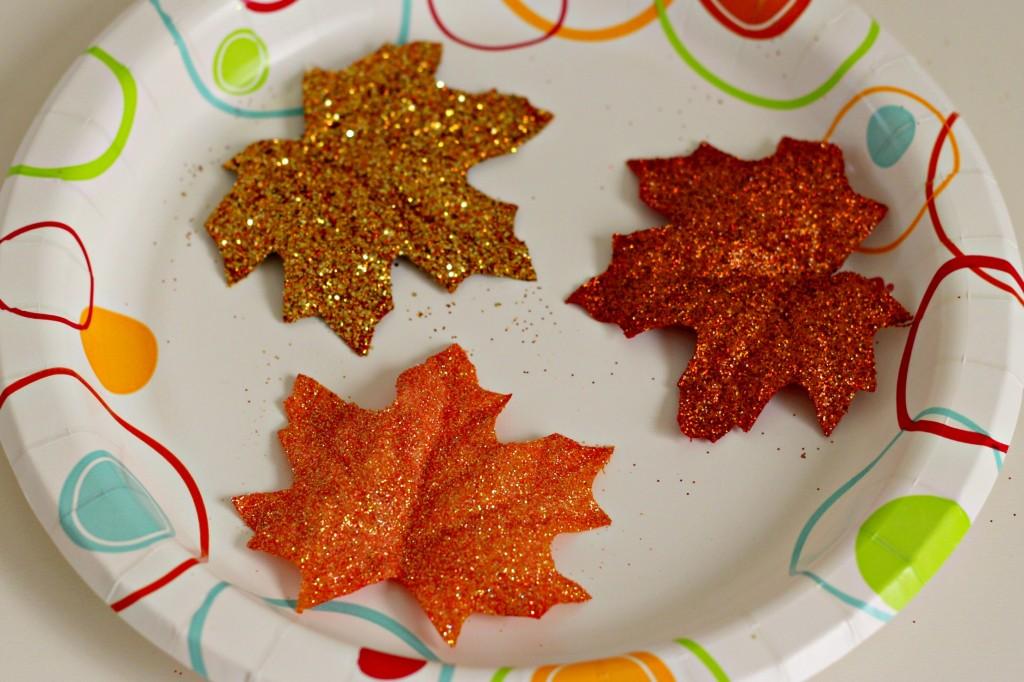 fall-glitter-leaves-drying-step