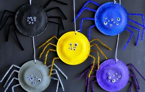 halloween-kids-crafts-paper-plate-spiders