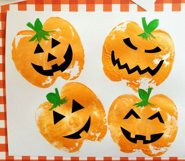 halloween-kids-crafts-pumpkin-apple-stamps
