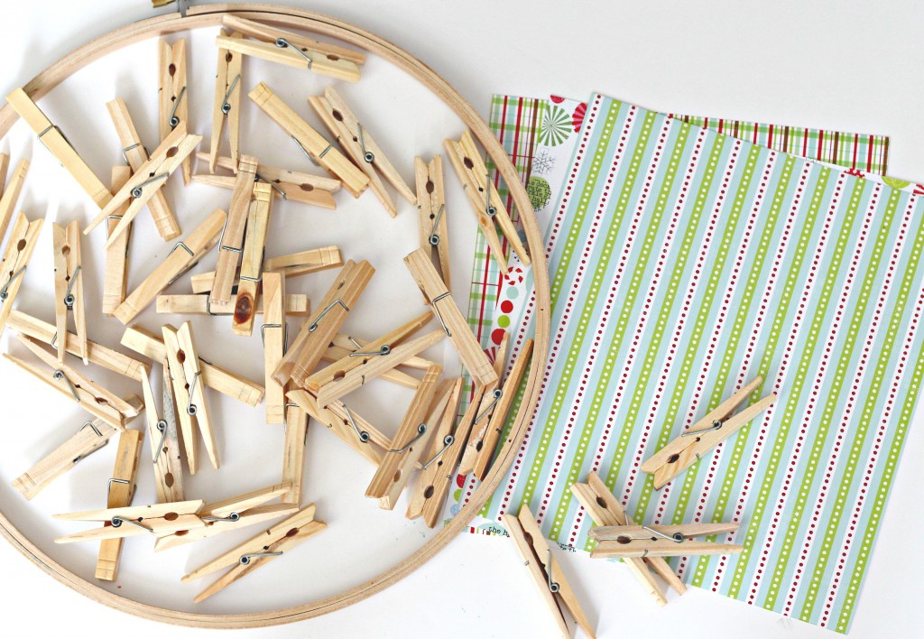 christmas-card-clothespin-wreath-supplies