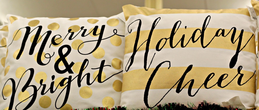 glam-christmas-gold-and-white-pillows