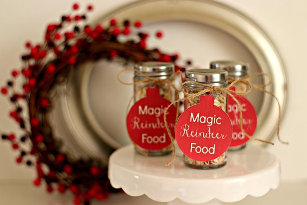 magic-reindeer-food-in-jars