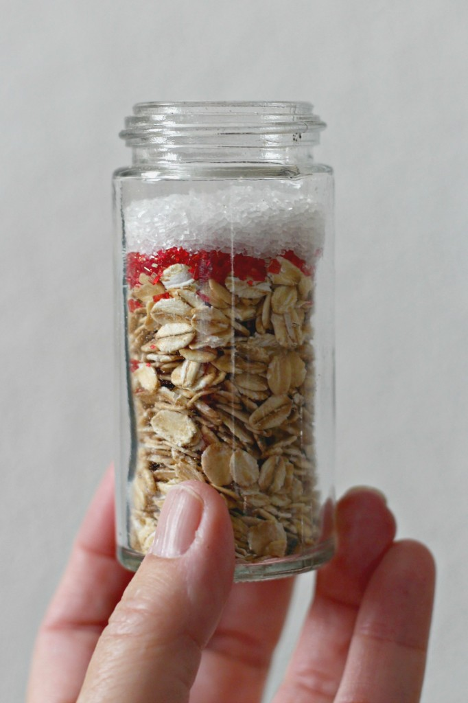 magic-reindeer-food-oats-red-and-white-candy-sprinkles