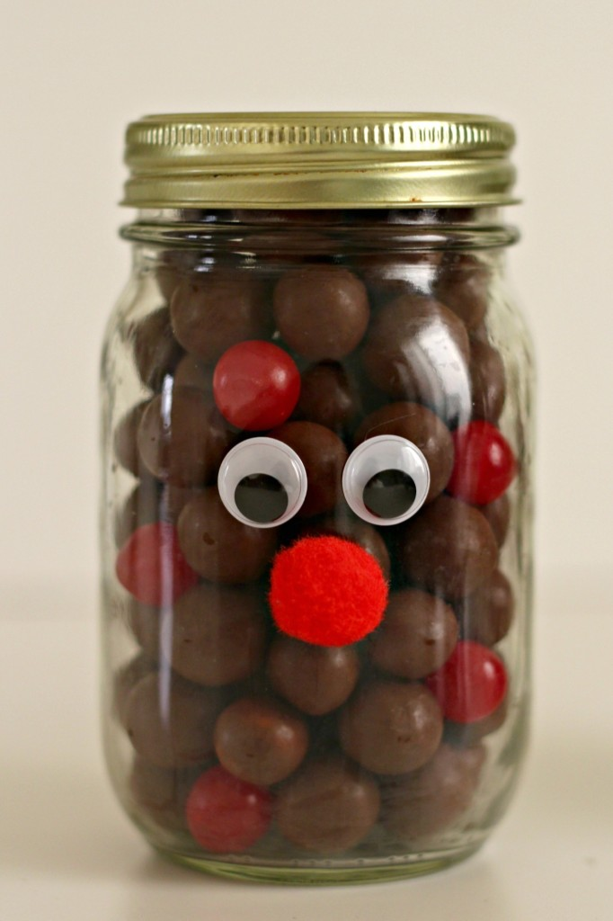 reindeer-jars-with-eyes-and-red-nose