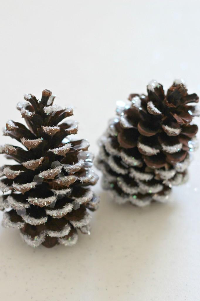 snowy-pine-cones-glitter-snow