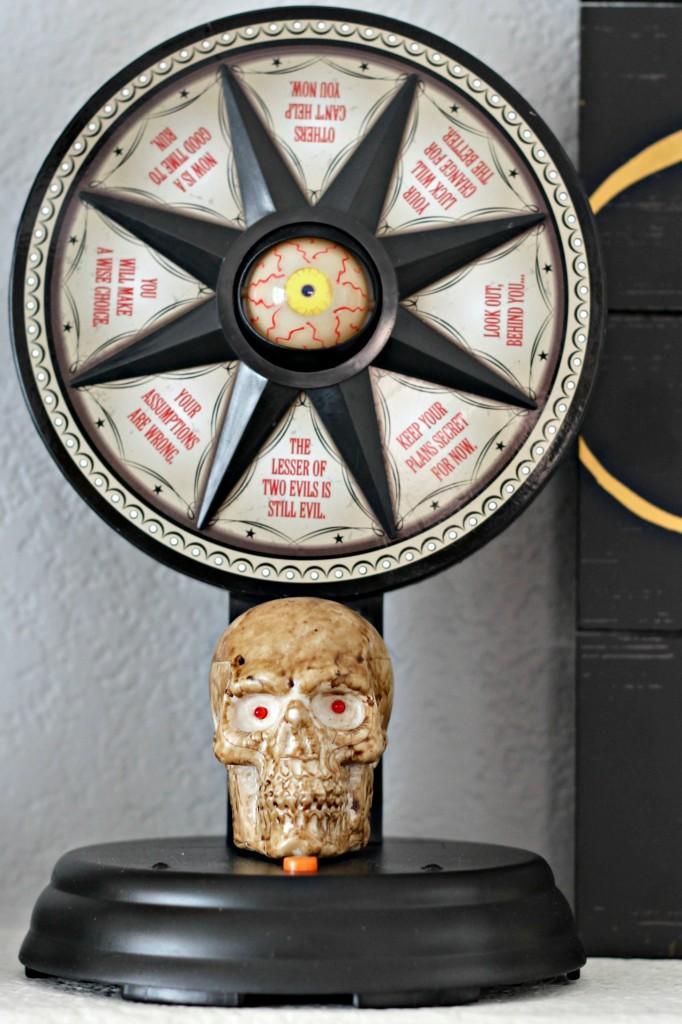 trick-or-treat-skeleton-wheel