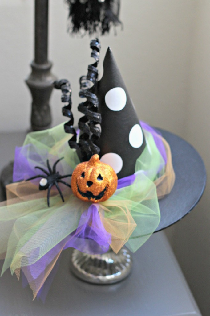 trick-or-treat-witches-hat