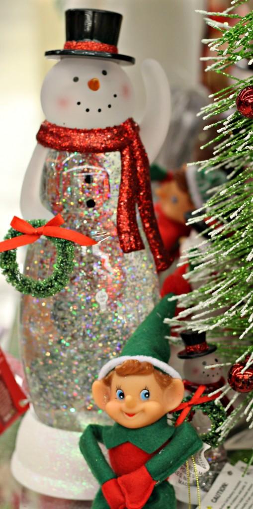 vintage-christmas-snowman-snow-globe