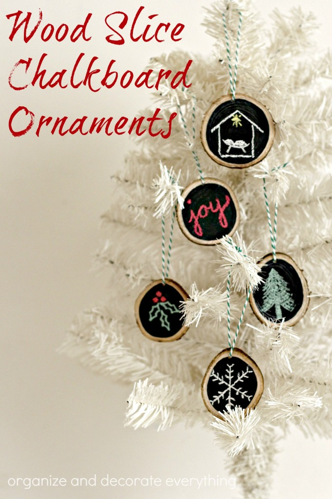 wood-slice-chalkboard-ornaments-are-fun-and-easy-for-the-whole-family-to-make