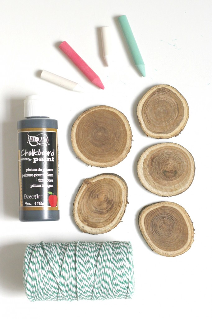 wood-slice-chalkboard-ornaments-supplies