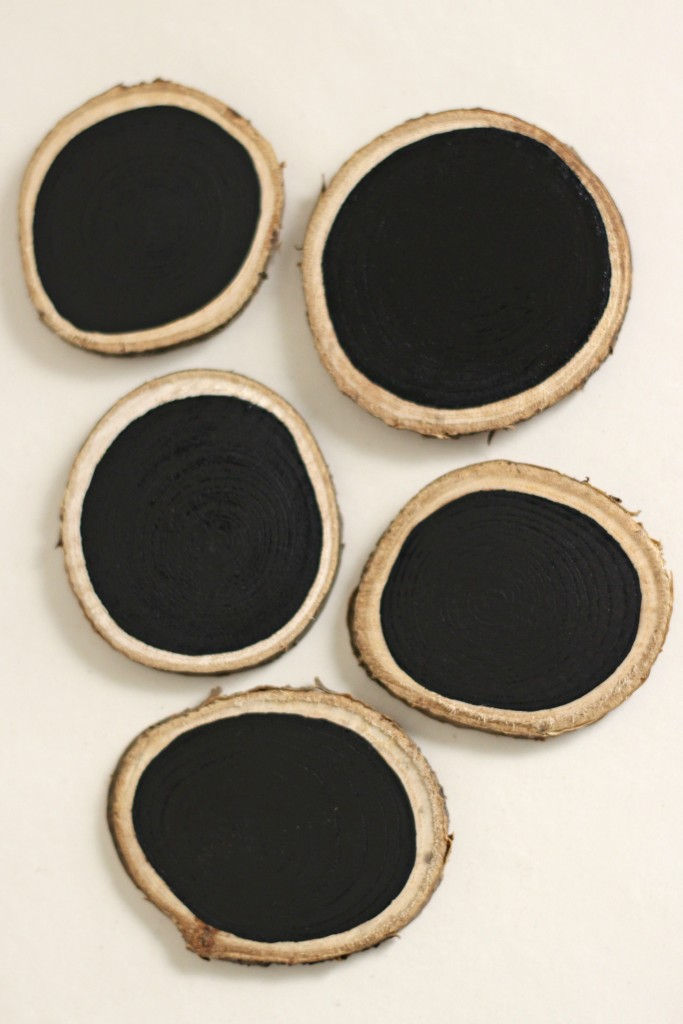 wood-slice-chalkboards-painted