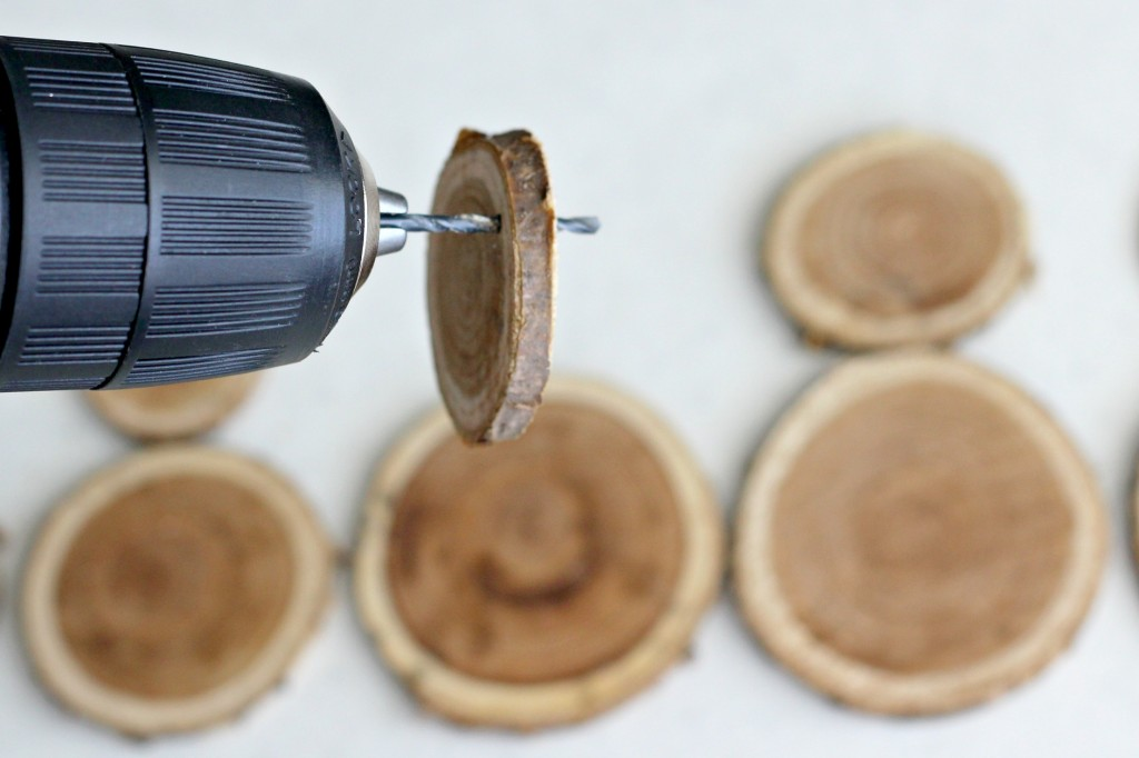 wood-slice-snowman-drilling-hole