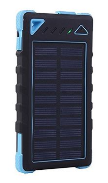 day-hiking-solar-power-phone
