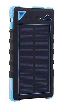 day-hiking-solar-power-phone