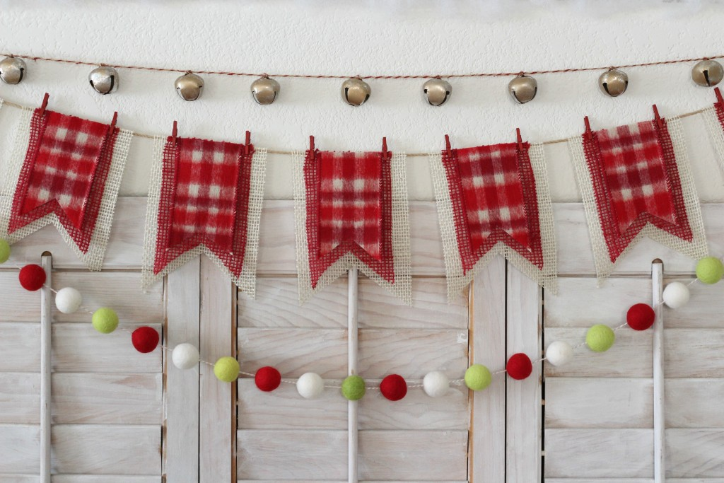 merry-woodland-mantel-garlands