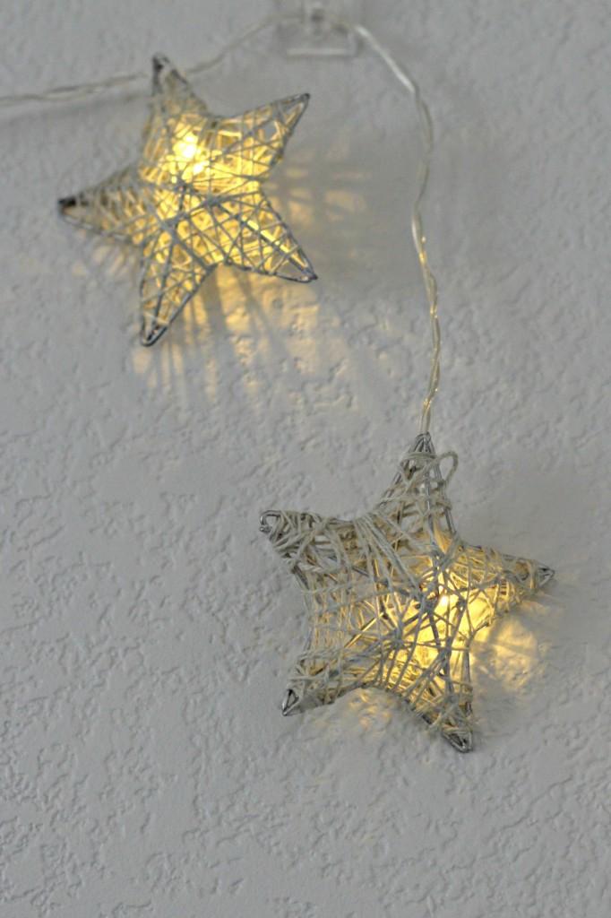 merry-woodland-mantel-lights