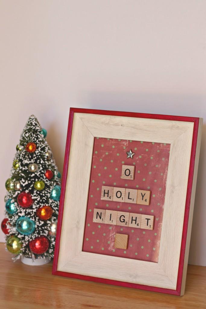 scrabble-tile-christmas-tree-o-holy-night