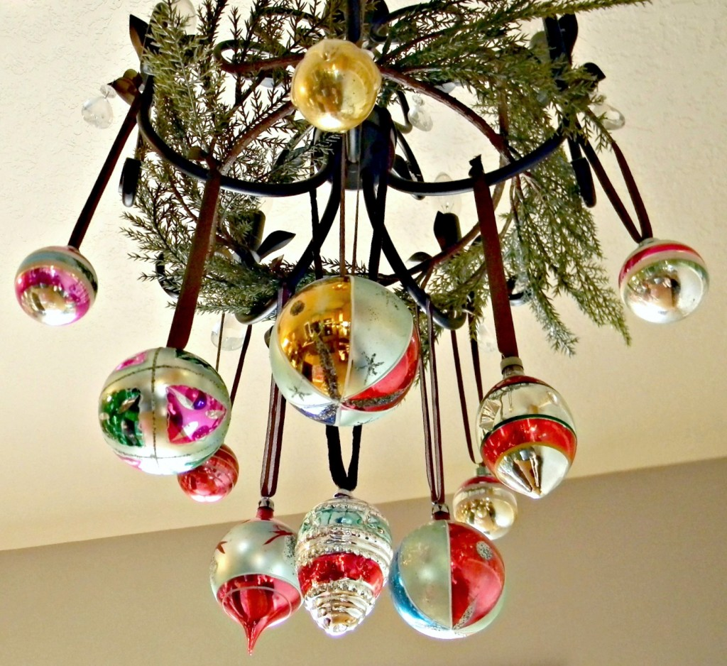 decorate-with-ornaments-chandelier