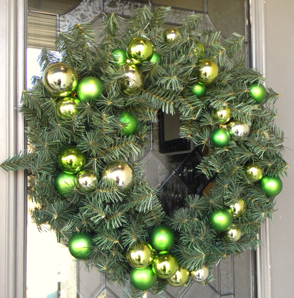 decorating-with-ornaments-wreath