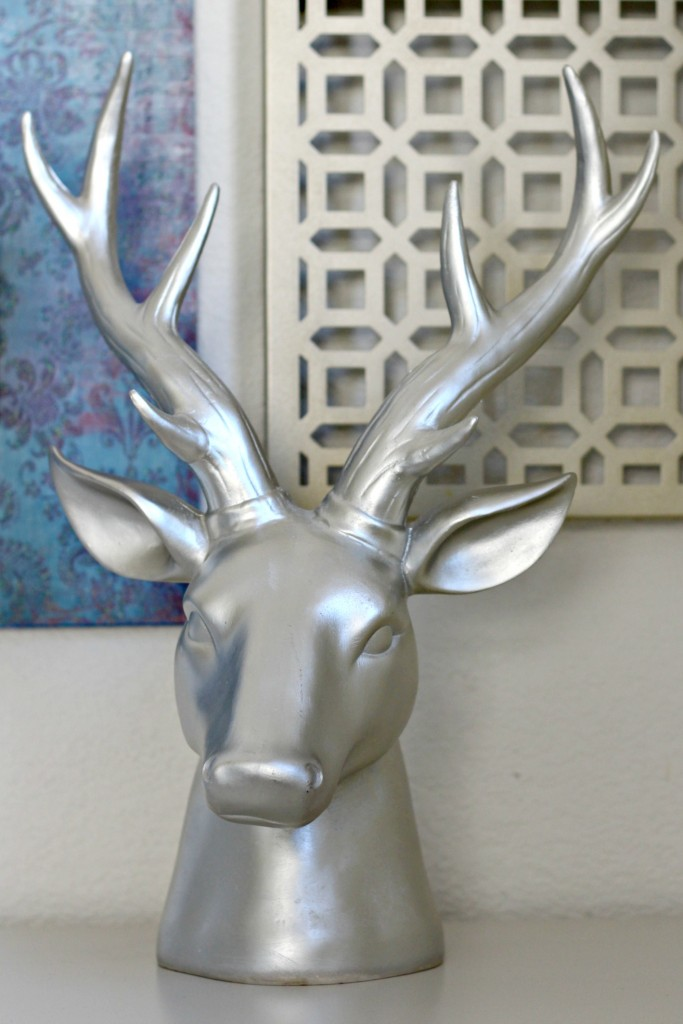 hall-cabinet-gallery-wall-deer-head