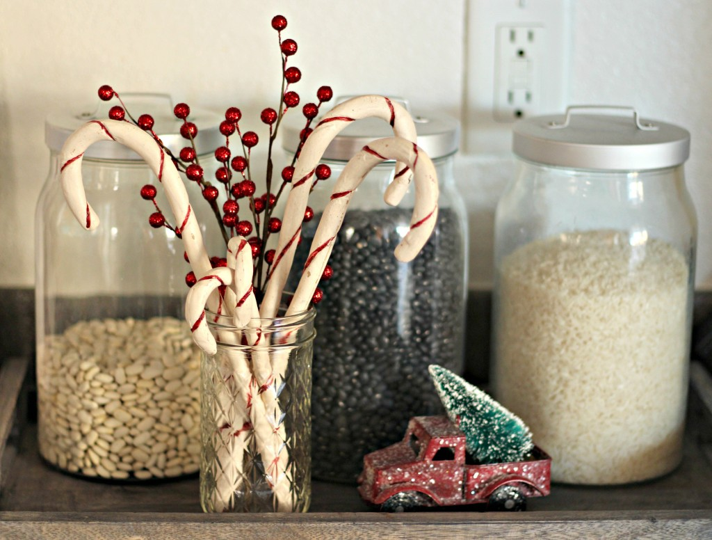 holiday-home-tour-candy-canes